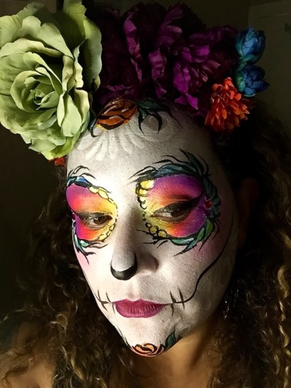 #diadelosmuertos #sugar #skull #snappyfacepainting #peacock #day of the dead